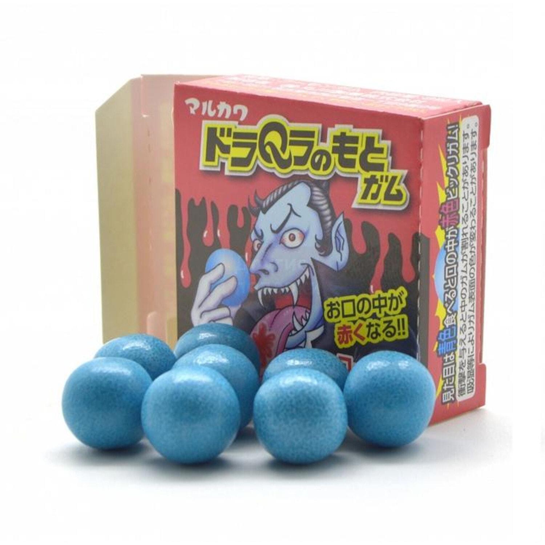 MARUKAWA Дракула Жевательная резинка, окрашивающая язык в красный цвет, в коробке 8 шариков