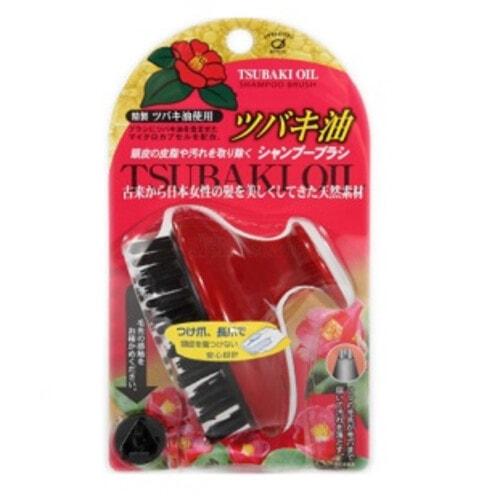 Ikemoto Tsubaki oil scalp cleansing brush Щетка массажная и очищающая для кожи головы с маслом японской камелии